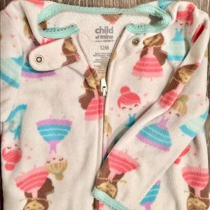 Children's Place Pajamas - 3 pc footie sleepers SZ 6-12 months